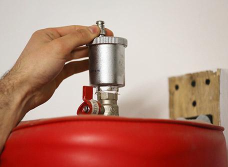 Entretien de votre pompe à chaleur par votre chauffagiste SBF Energies